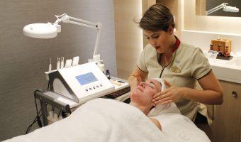Elemis Biotec Skin Resurfacer på Norwegian Bliss