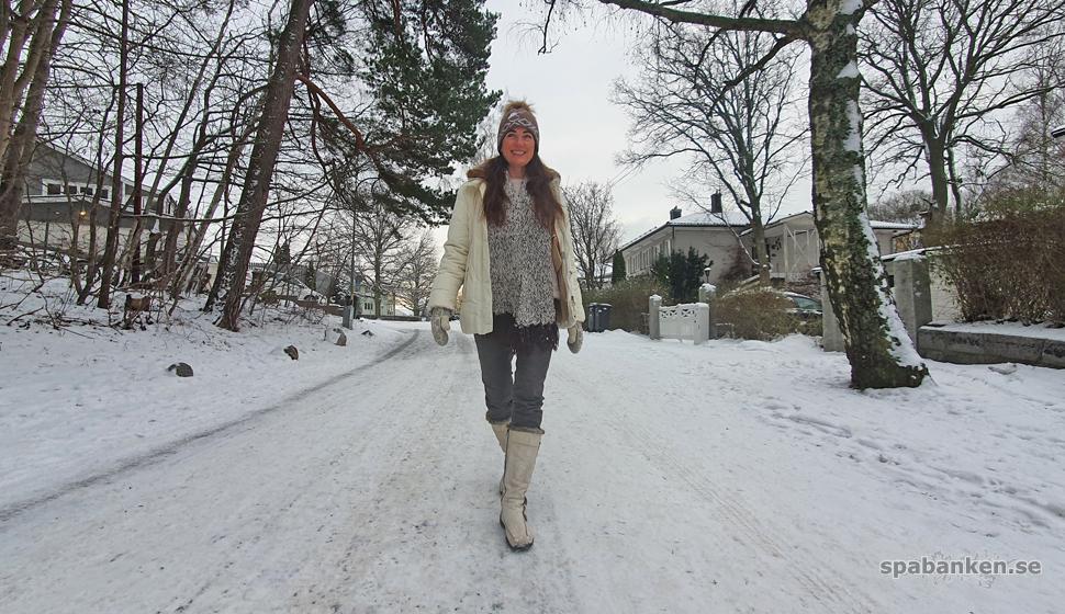 Heidi på promenad.